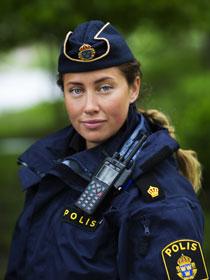 kvinnlig-polis